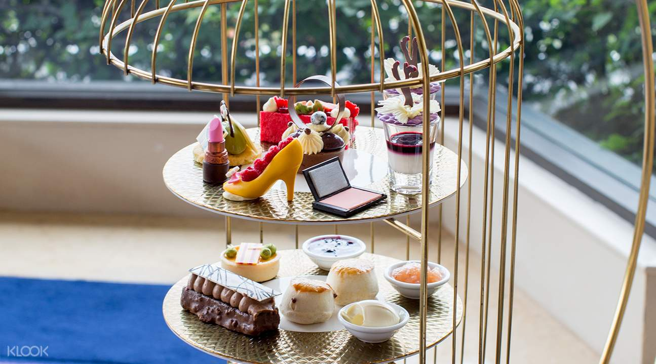Golden Cage with assortment of desserts at Lobby Lounge at Shangri-La Hotel Bangkok